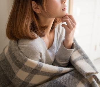 低体温の女性