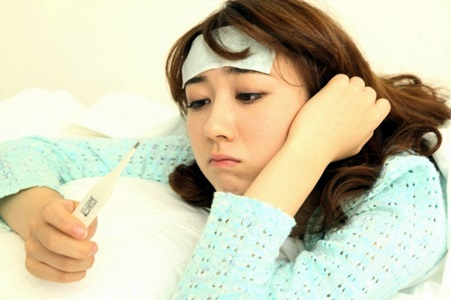 インフルエンザか風邪なのか分からない女性