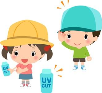 サンスクリーン剤で遮光する子供の画像