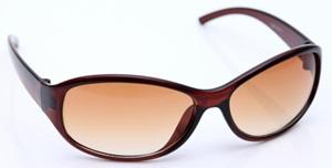 紫外線カットのサングラス